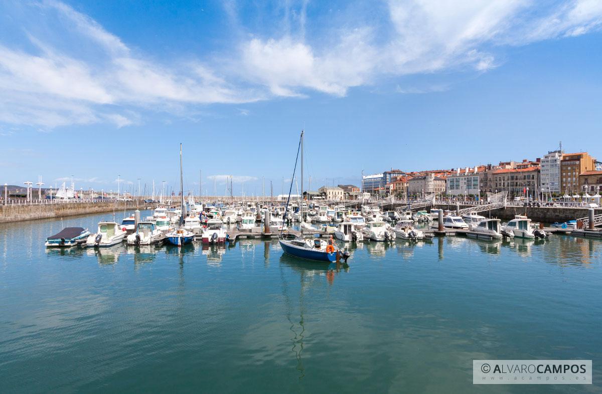 Puerto deportivo de gij n asturias - Puerto deportivo gijon ...